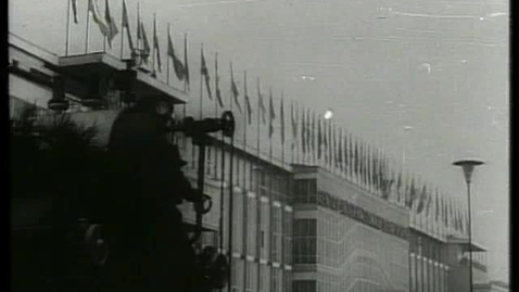 Thumbnail for entry 7) 42° edizione della Fiera di Milano: il presidente Segni visita il padiglione Eni (Sedi)